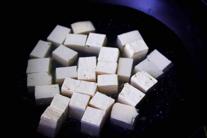 肉末青蒜烩豆腐的做法图解