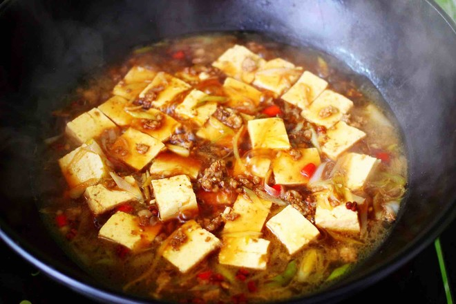 肉末青蒜烩豆腐怎样炖