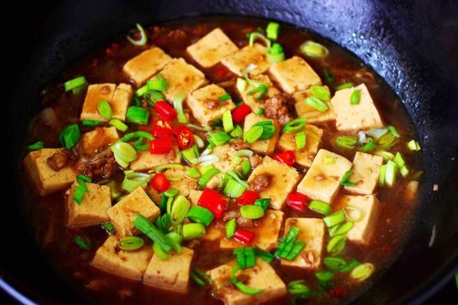 肉末青蒜烩豆腐的制作大全