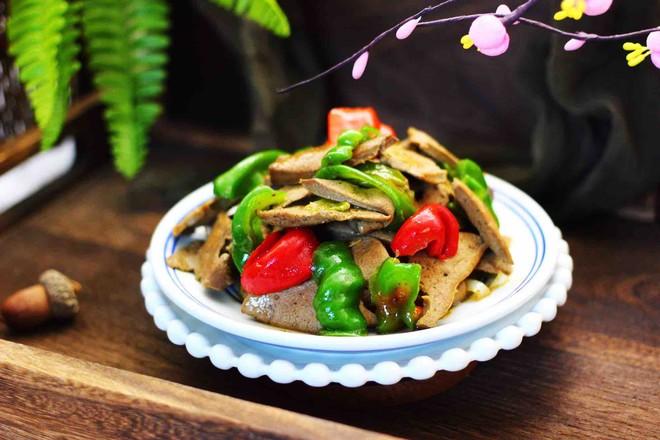 菠菜猪肝汤成品图