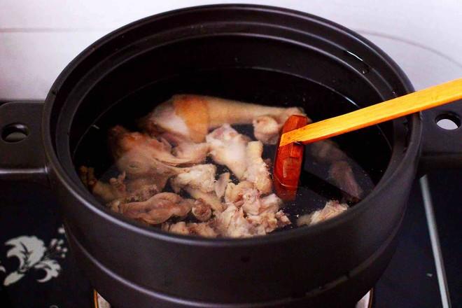 姬松茸板栗炖鸡汤怎么煮