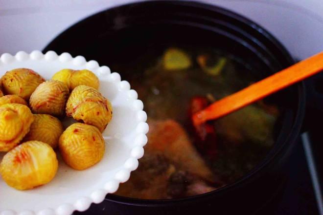 姬松茸板栗炖鸡汤怎样炒