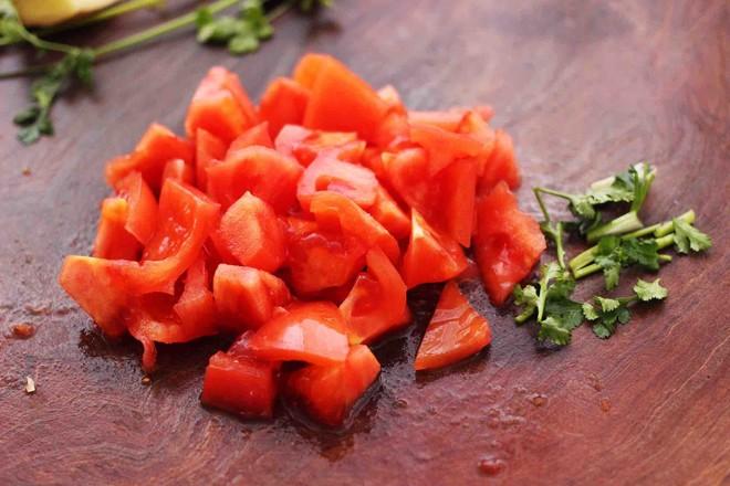 虾滑番茄豆干汤的家常做法