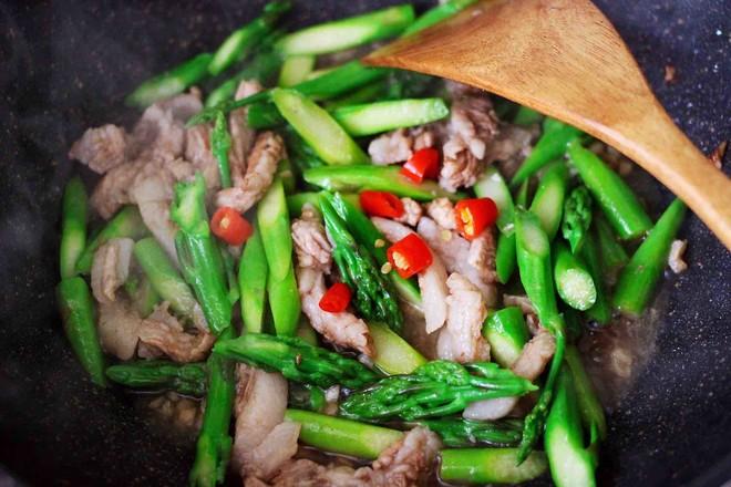 芦笋炒肉怎样做