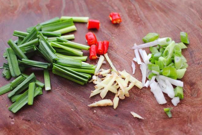 海兔绿豆芽小炒的简单做法