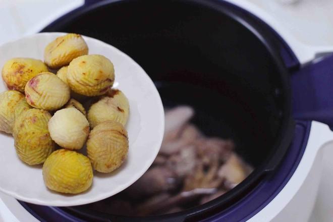 板栗炖土鸡汤怎么炖