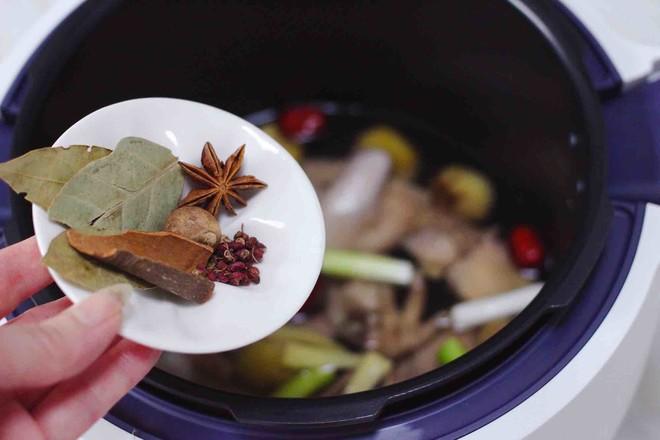 板栗炖土鸡汤怎样做