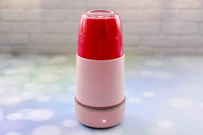 车厘子草莓冰奶昔怎样做
