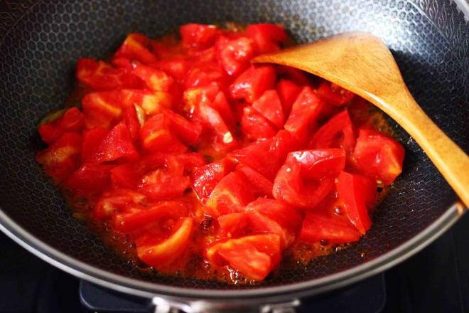 西红柿木耳鸡蛋打卤面怎么煮