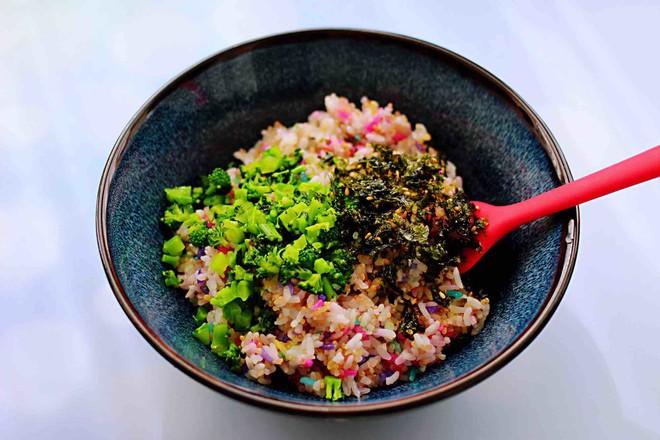 藜麦海苔五彩米饭团怎样煸