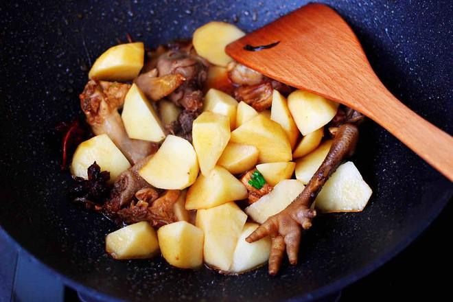 土鸡土豆粉条一锅炖怎么炖