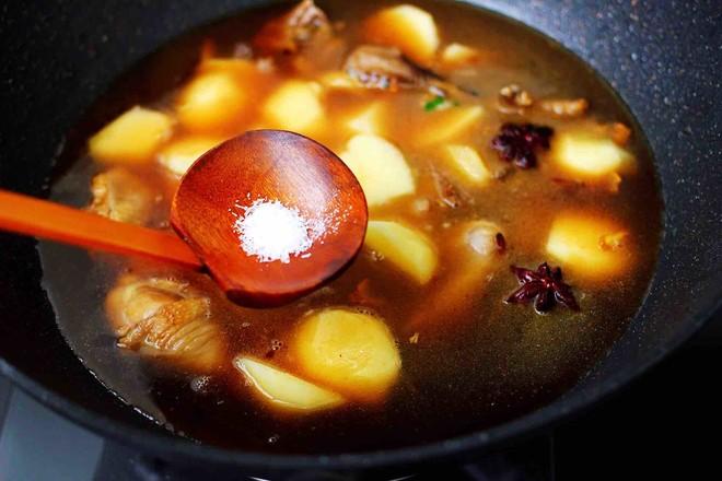 土鸡土豆粉条一锅炖怎样煸