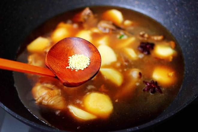 土鸡土豆粉条一锅炖怎样做