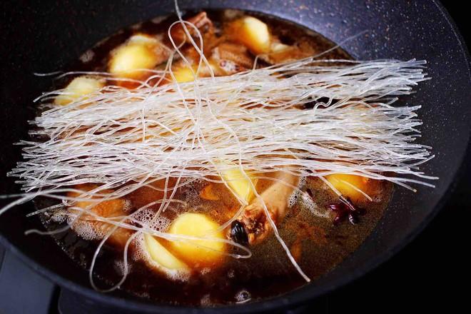 土鸡土豆粉条一锅炖怎样炒