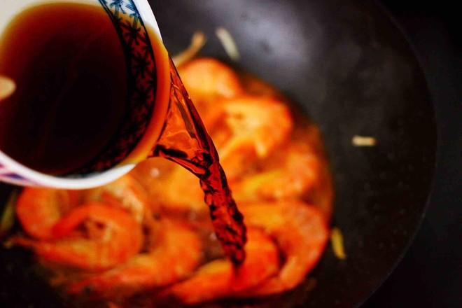 可乐焖海虾怎么炖
