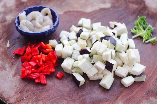 虾仁茄丁打卤面的家常做法