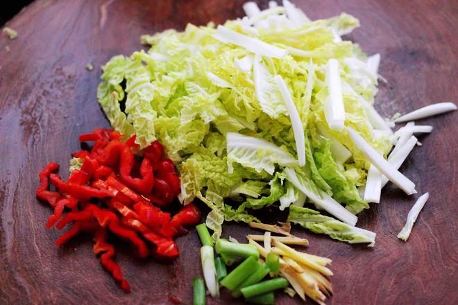 鸡胗爆炒大白菜的简单做法