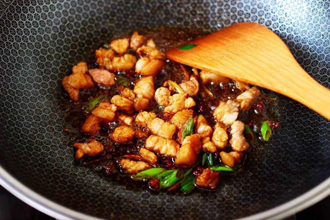 茄丁双椒炒肉丁怎么煮