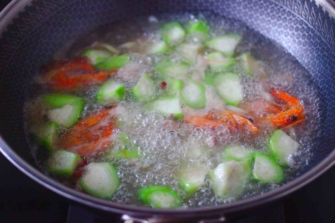 丝瓜海虾肉片汤怎样做