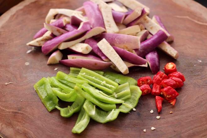 海虾肉片辣炒茄条的简单做法