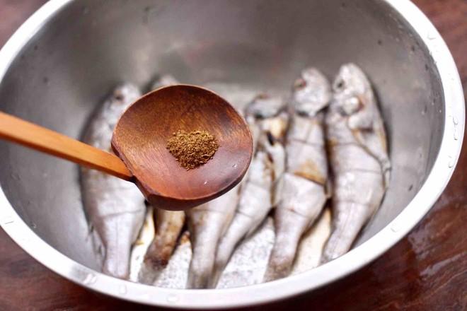 香辣孜然烤鱼怎么煮