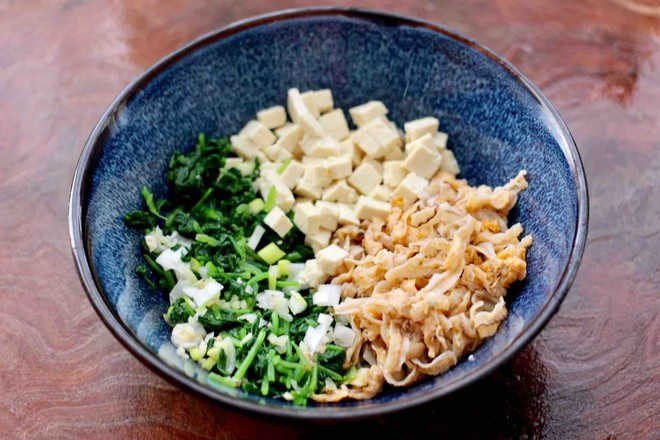 萝卜樱海鲜豆腐蒸饺怎么吃