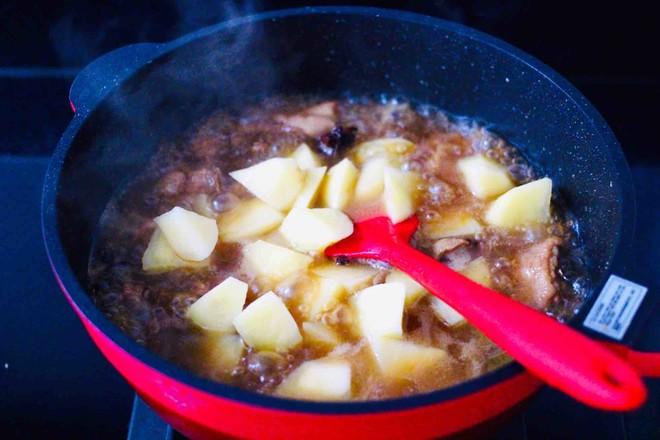 咖喱鸡肉土豆怎样做
