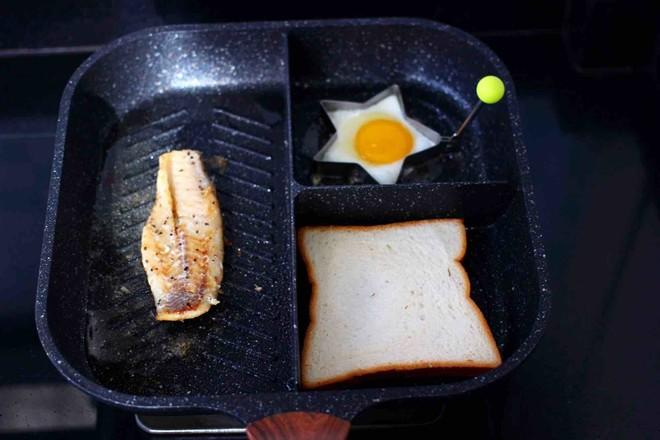 开放式鳕鱼鸡蛋三明治怎么煮