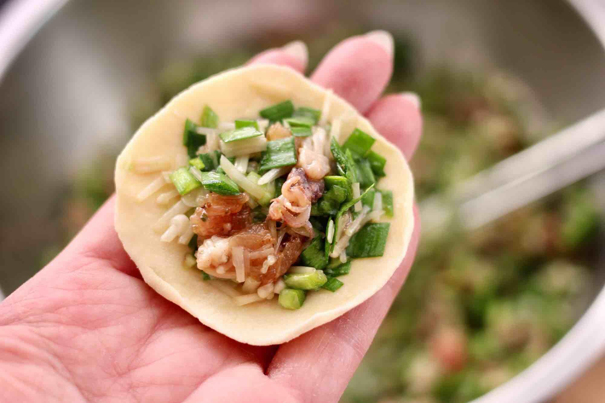 肉丁金针菇鱿鱼饺子怎样炖