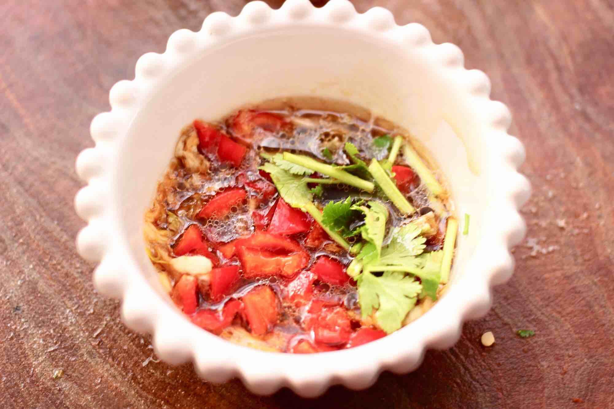 花生米拌红根菠菜怎样煸