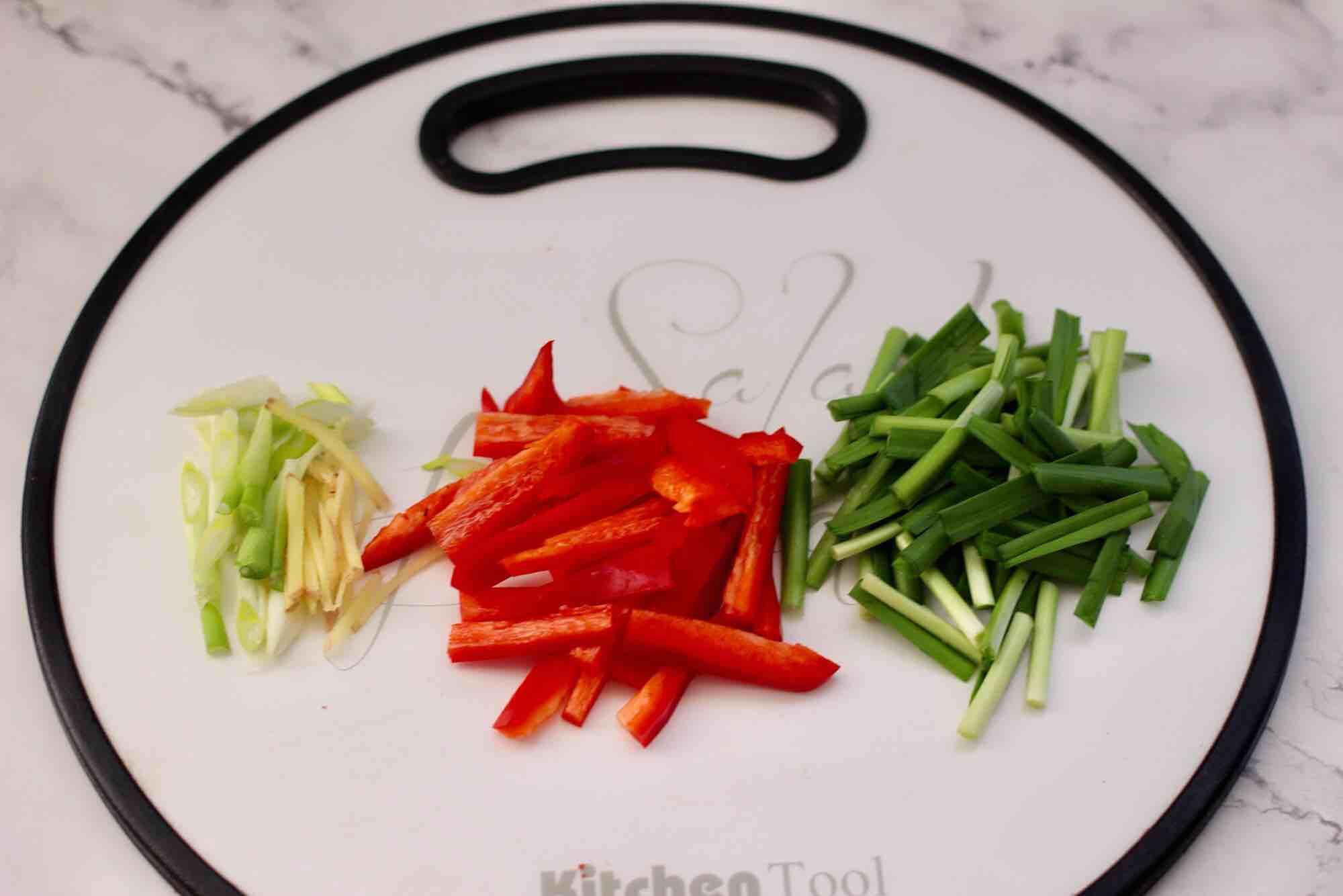 绿豆芽炒红虾的简单做法