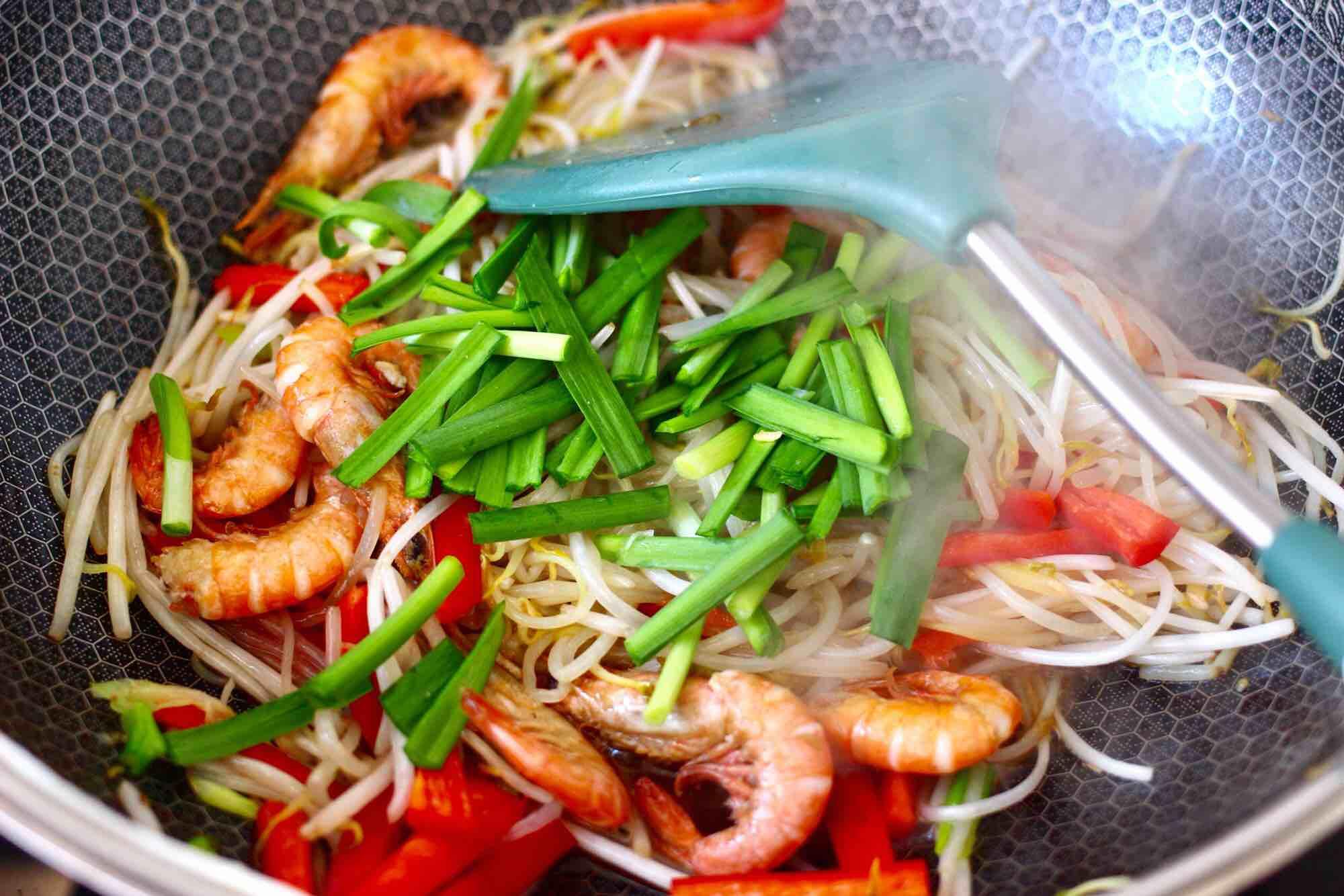 绿豆芽炒红虾怎样做