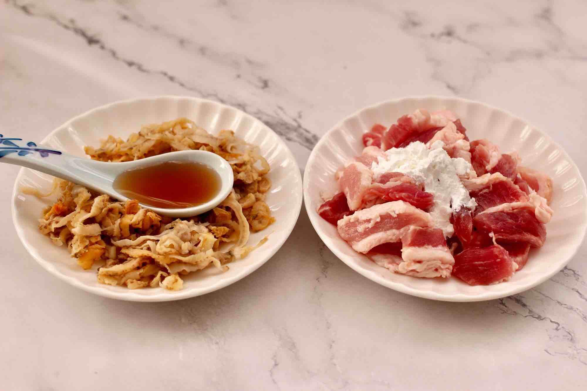 杏鲍菇扇贝花肉煲的简单做法