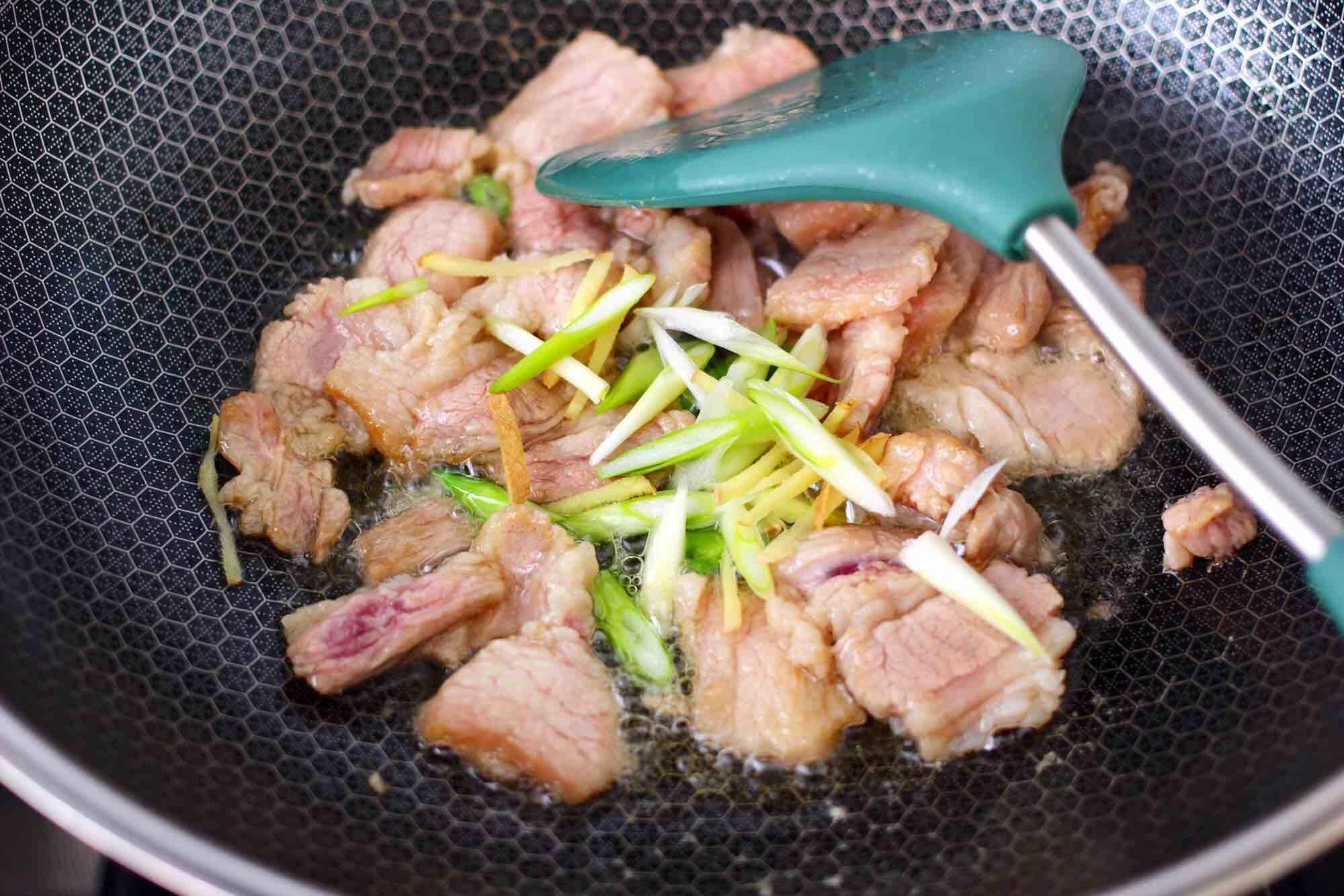 杏鲍菇扇贝花肉煲怎么吃