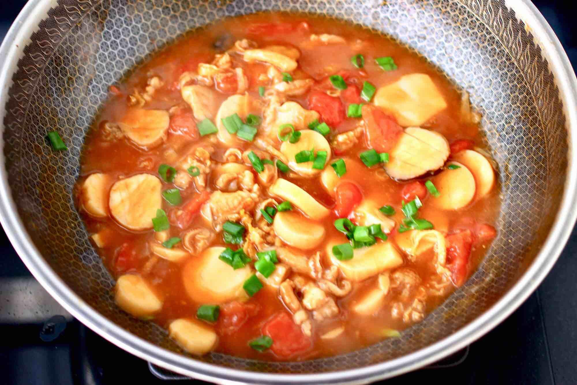 杏鲍菇扇贝花肉煲的制作