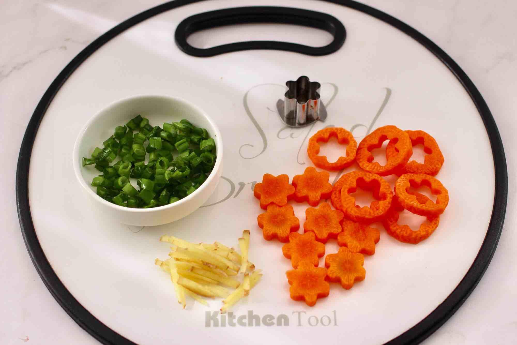 鲜虾海参砂锅粥的家常做法