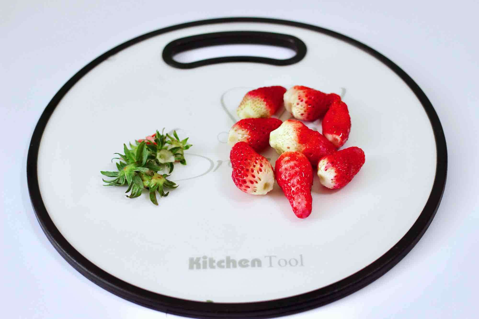 草莓牛奶燕耳露怎么炖