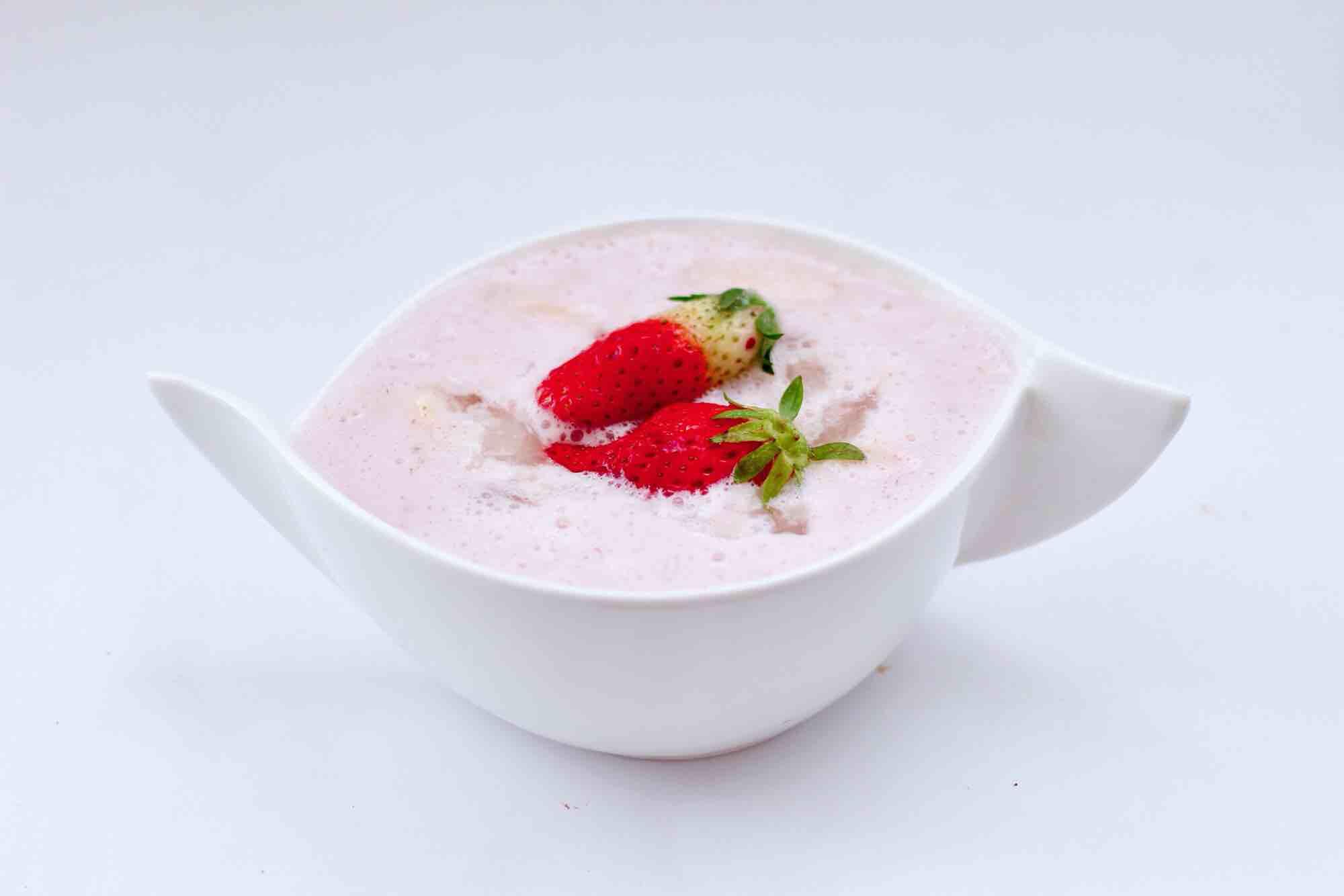 草莓牛奶燕耳露怎样炖