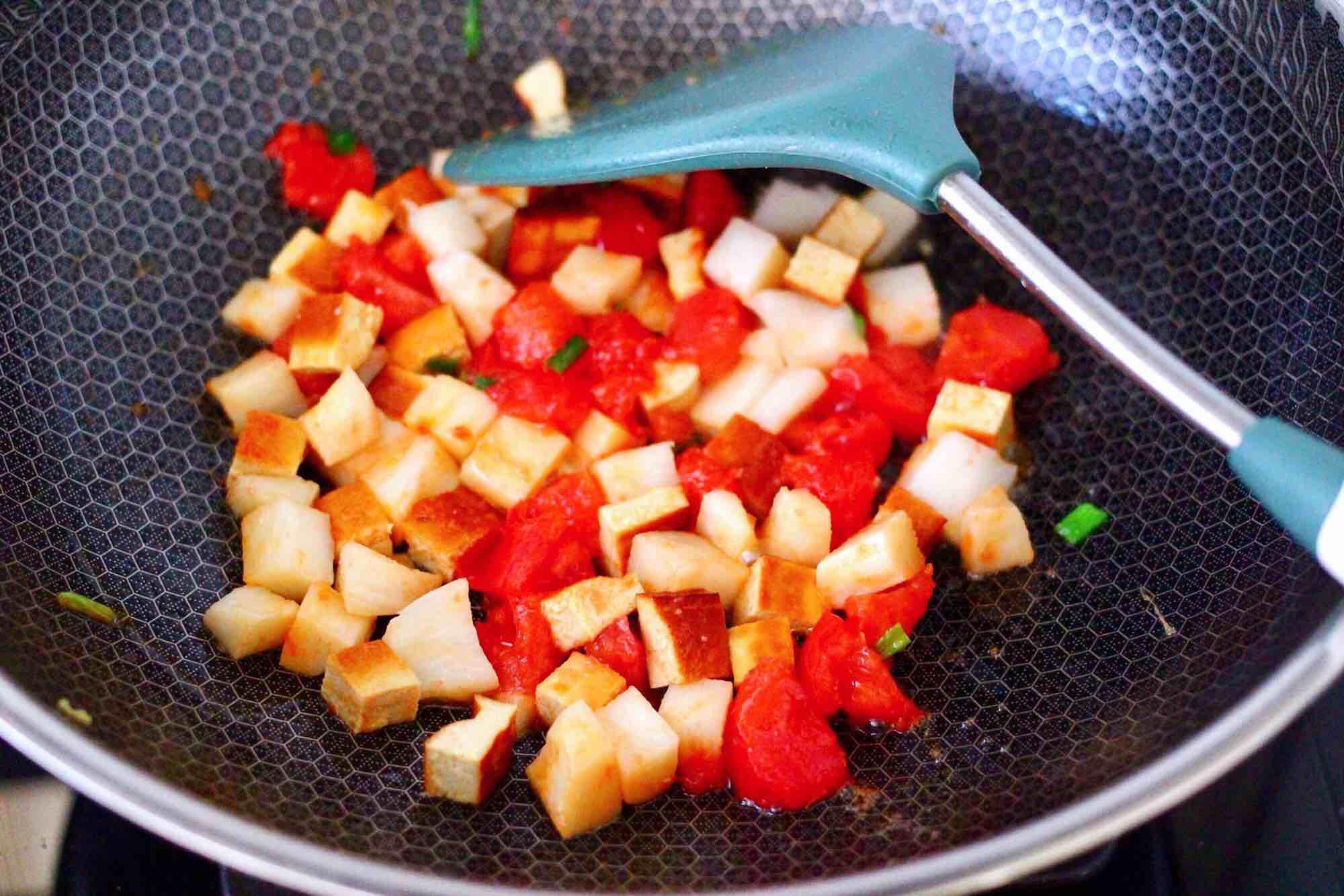 鹅蛋番茄时蔬彩色贝壳面的简单做法