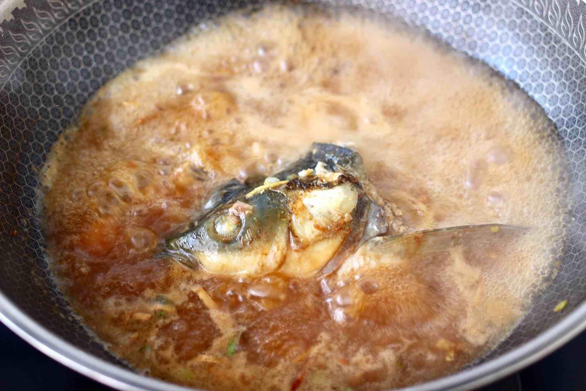 绿豆芽香辣鱼怎样煸