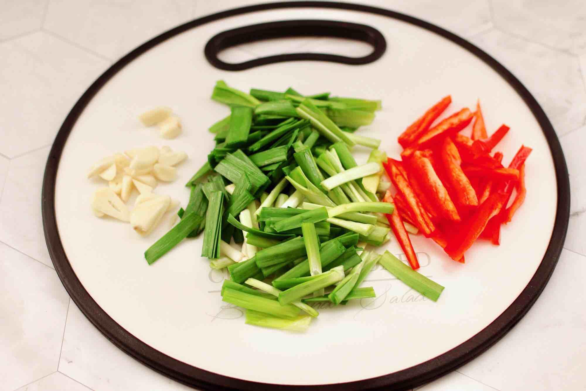 肉丝炒韭菜豆芽的做法图解