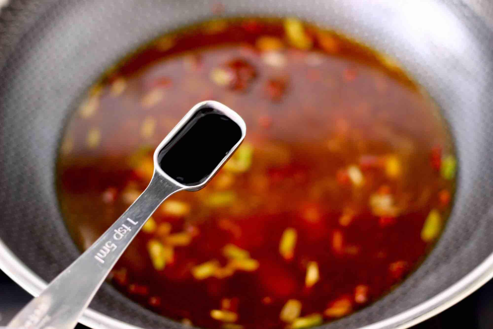 海杂鱼酱焖冻豆腐怎么煮