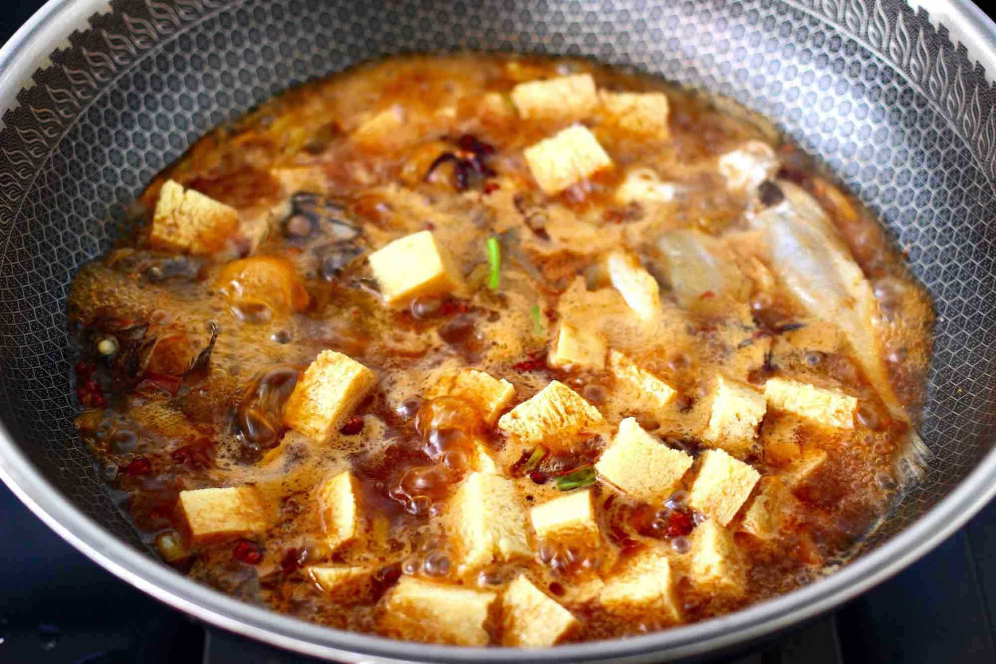 海杂鱼酱焖冻豆腐怎样做