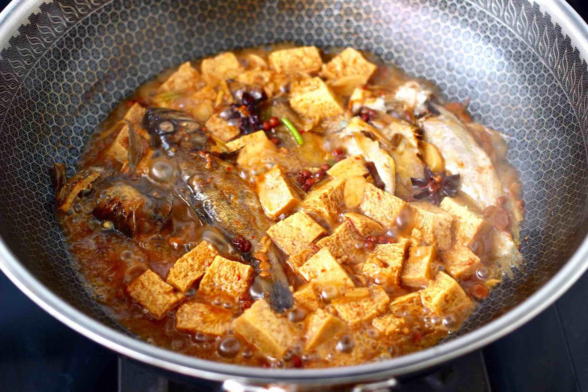 海杂鱼酱焖冻豆腐怎样炒