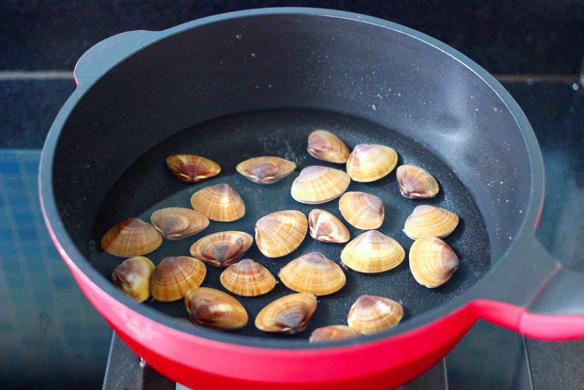 黄瓜飞蛤鸡蛋打卤面的做法图解