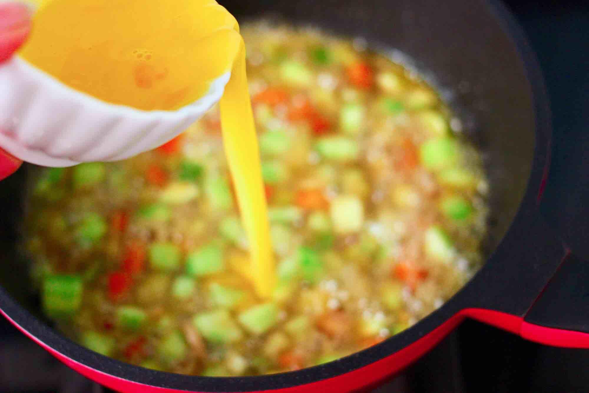 黄瓜飞蛤鸡蛋打卤面怎样煮