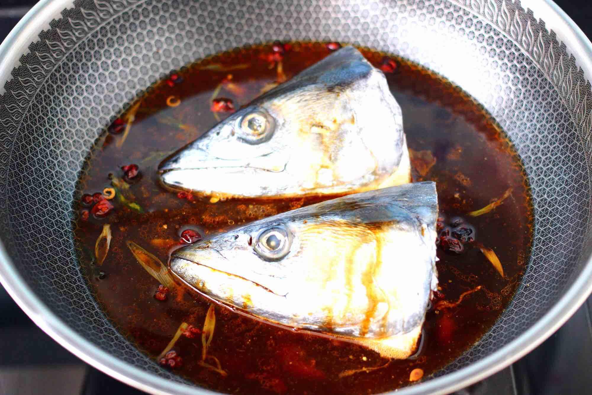 红烧鲅鱼头怎么煮