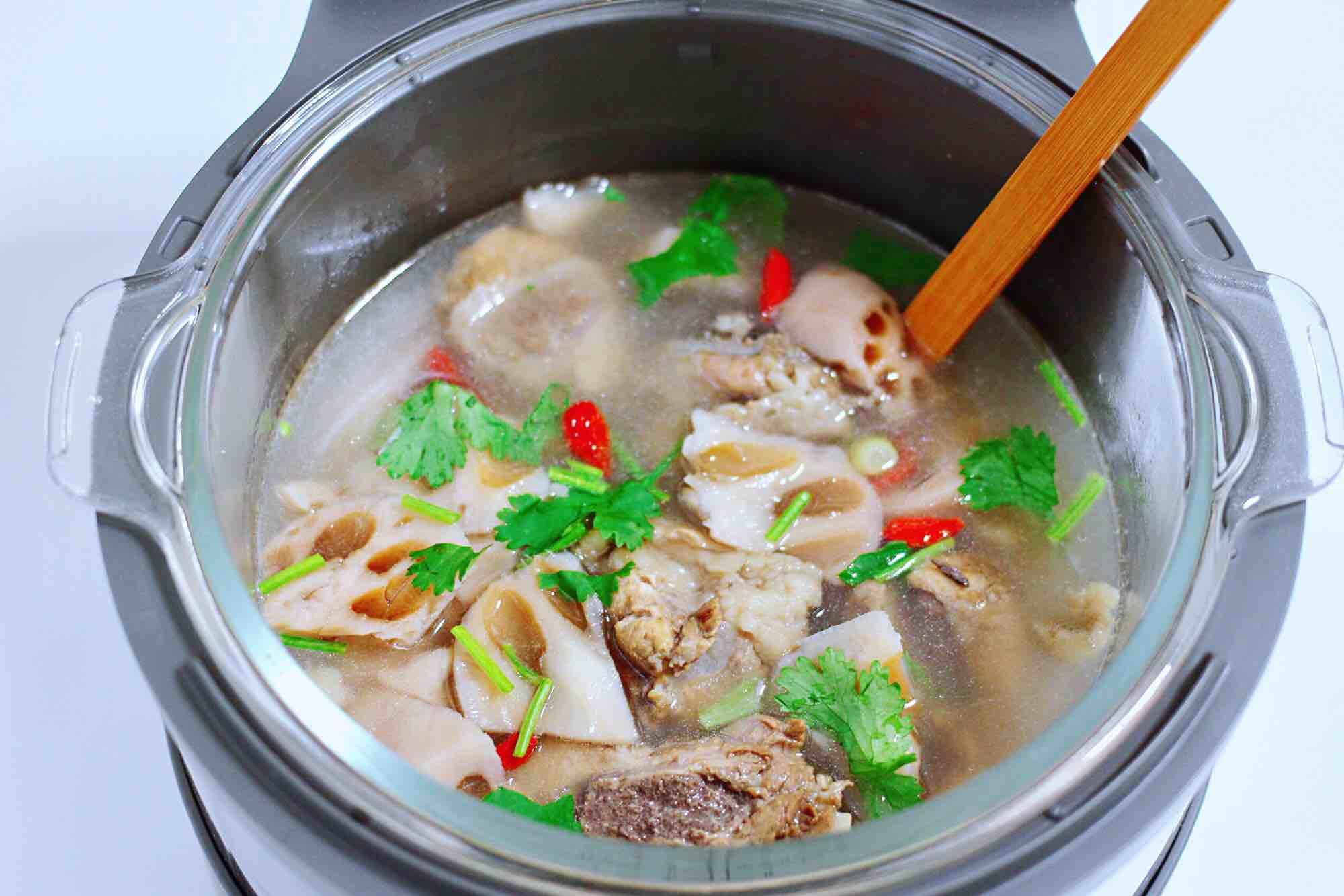 排骨藕汤怎样煸