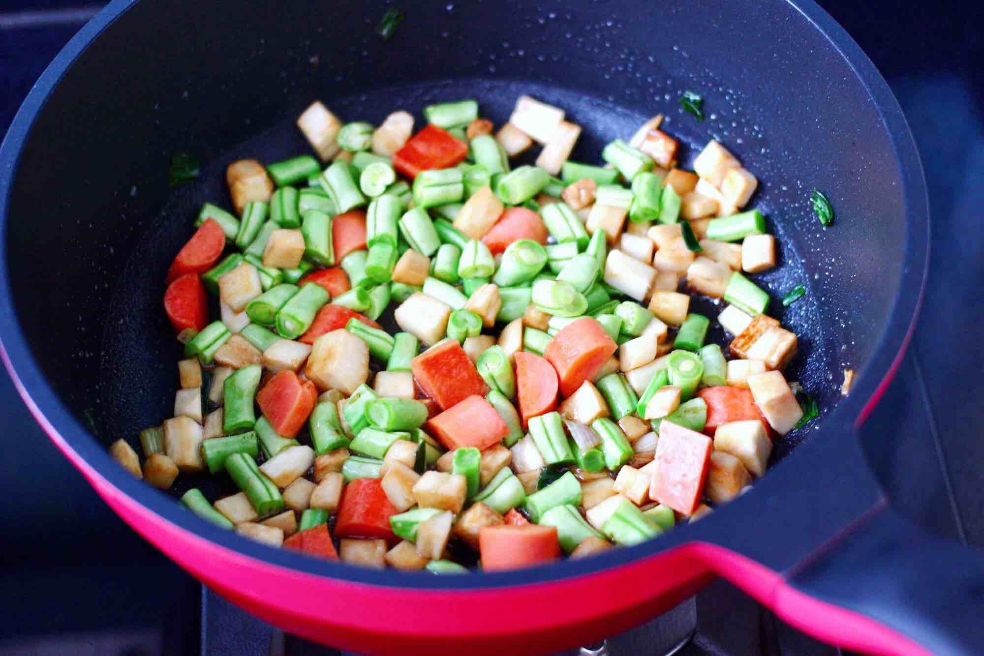杏鲍菇火腿风味拌面怎么煮