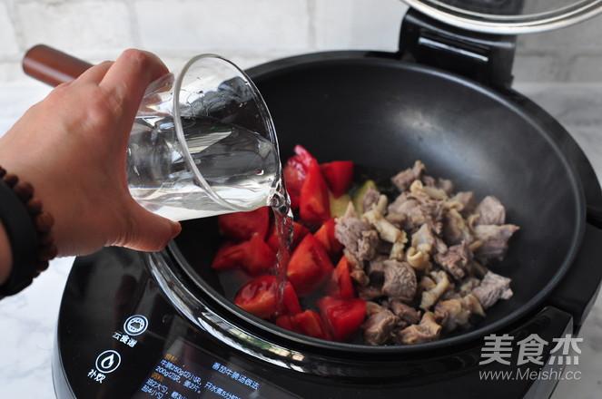 番茄牛腩汤怎么做